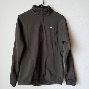 Nike Fit Therma Pullover